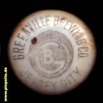 Picture of a ceramic bottle cap from: Greenville Brewing Co., Jersey City, NJ, USA