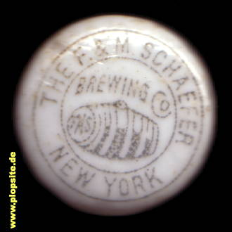 Bild eines BŸügelverschluss aus: The F. & M. Schaefer Brewing Co., New York, NY, USA