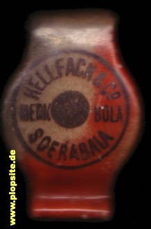 Picture of a ceramic bottle stopper from: Soerabaia, Hellfach & Co. Merk Bola,  ID, unbekannt, Indonesia